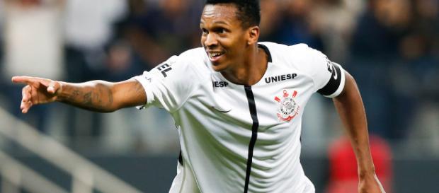 Jô foi o artilheiro do Corinthians, com 18 gols