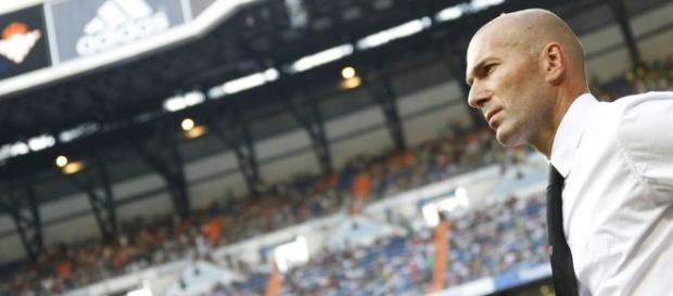 Zidane en el corazón de un gran intercambio Real Madrid - Chelsea