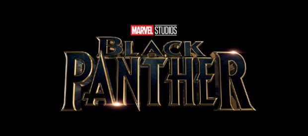 Tan iluminado ... Chadwick Boseman en Marvel's Black Panther.