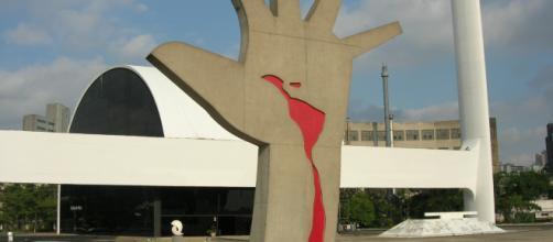 A corrupção que sangra o Brasil