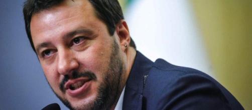 Il leader della Lega, Matteo Salvini, si è scagliato contro la possibilità di un governo M5S-PD.