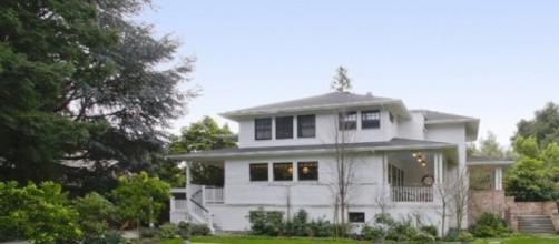 La modesta Villa a Palo Alto in California di Mark Zuckemberg.Fonte:https://www.architecturaldigest.in/
