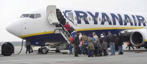 Ryanair lanza una campaña contra los pasajeros borrachos ... - elpais.com