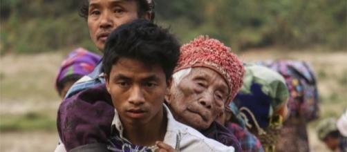 Se cree que al menos 10.000 personas huyeron de sus hogares en Kachin este año