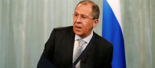 Siria, Lavrov: ancora aspettiamo che Usa separino terroristi da combattenti