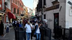 Venezia con tornelli per fermare la folla