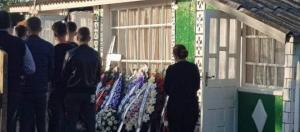 Durere fără margini la casa Petronelei Mihalachi, tânăra ucisă cu ... - cancan.ro