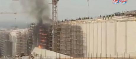 Flames engulf the Grand Egyptian Museum. [image source: Akbar El Yom TV/YouTube]