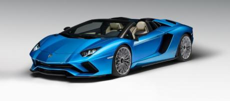 Lamborghini Aventador S Roadster to raise the roof at Frankfurt | Evo - evo.co.uk