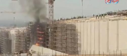 Flames engulf the Grand Egyptian Museum. [image source: Akbar El Yom TV/YouTube]