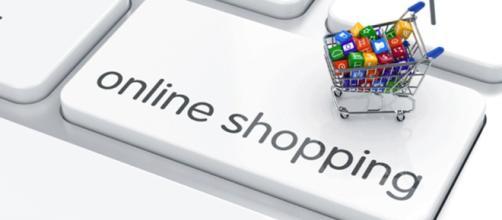 online shopping is convenient, but buyers should be careful [Image via geralt/Pixabay)