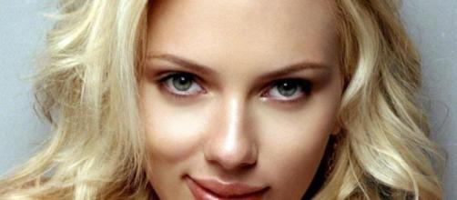 Scarlett Johansson está provocando detalles sobre una película independiente