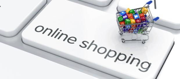 online shopping is convenient, but buyers should be careful [Image via geralt/Pixabay)