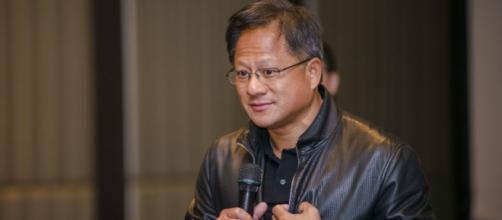 Durante la presentación magistral de Jensen Huang, mostró video resolución 4K en tiempo real.