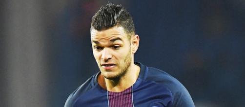 Hatem Ben Arfa denuncia al París Saint-Germain por acoso laboral.