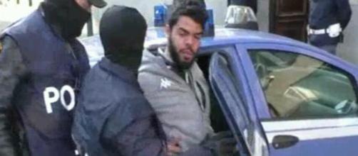 Il militante dell'ISIS recentemente arrestato.