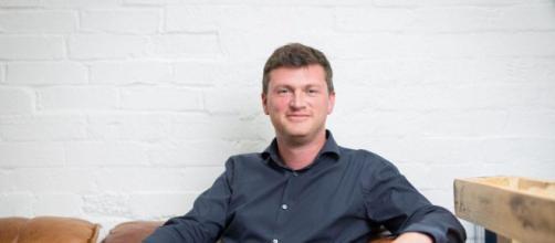 Seth Jackson, cofundador y CEO de Landmrk.