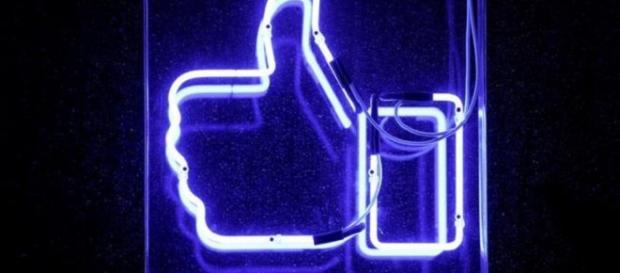 Pasos rápidos y fáciles para limitar el intercambio de datos con Facebook.
