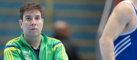 Técnico Fernando de Carvalho Lopes é acusado de abuso por ginastas - Foto: Reprodução / Ricardo Bufolin
