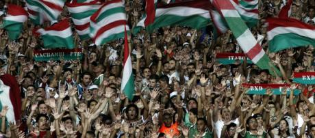 Torcida do Fluminense foi em bom número ao Maracanã no empate diante do São Paulo (Foto: Blog da Flusócio)