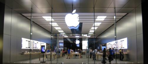 Apple exiting wireless router market [Image via Applesoft/Flickr]