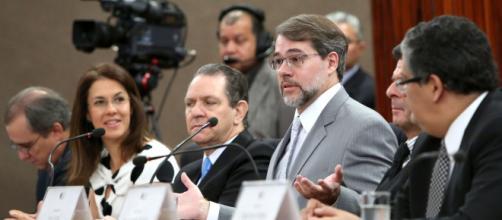 Delator Renato Duque se manifesta e pode complicar ministro do Supremo, Dias Toffoli