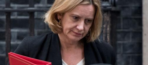 https://e3.365dm.com/18/04/1096x616/skynews-amber-rudd-downing-street_4293439.jpg?20180426190637