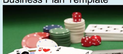 Esta es la criptomoneda en la que debes invertir y más si te gusta el póker