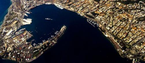 Una splendida immagine aerea di Messina