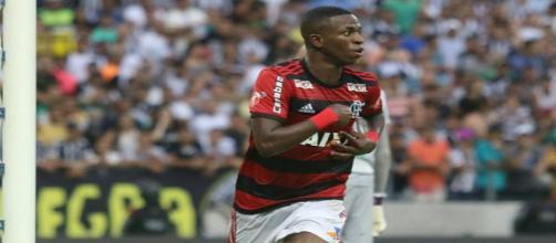 Vinícius Júnior foi um dos destaques do Flamengo contra o Ceará - Foto: Staff Images/Flamengo