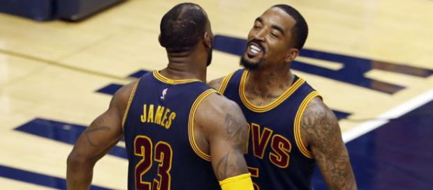 JR Smith leaves message for LBJ - (Image: YouTube/NBA)