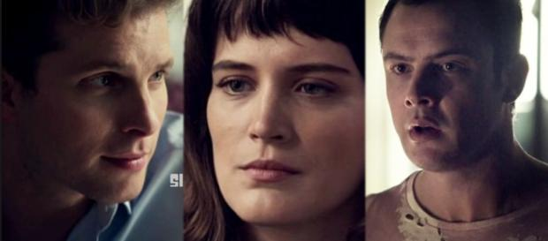 Quem quem termina Clara em 'O outro lado do paraíso'?