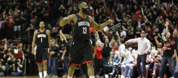 Rockets :James Harden una super estrella de la NBA... - sportingnews.com