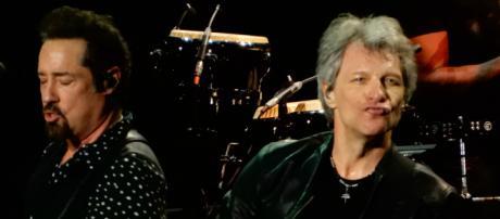 Bon Jovi forced to cancel shows due to flu. - [Image Credit: Flickr / slgckgc]