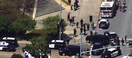Polícia bloqueou o local e evacuou o prédio