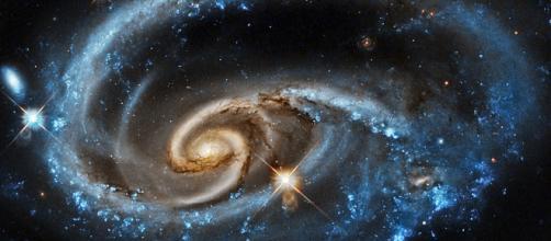 As galáxias escondem muitas curiosidades