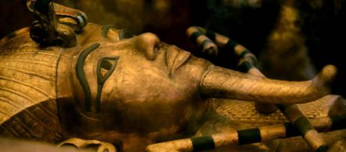 Ataúd de Tutankamón, D.XVIII, Imperio Nuevo. Museo del Cairo - Twitter Search - twitter.com