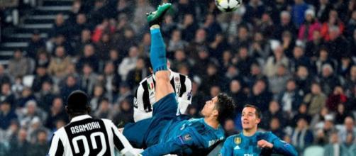 Cristiano Ronaldo: descomunal golazo de chilena y nuevo récord