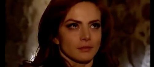 Fernanda fica abalada ao conversar com Eduardo