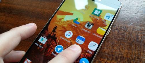 Innovaciones tecnológicas: Las pantallas sin contacto funcionarían a través del control de gestos.