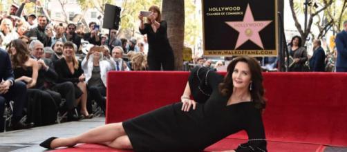 Hollywood: Lynda Carter tiene su estrella en el Paseo de la Fama