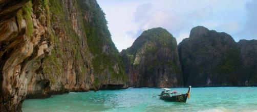 'La playa' de DiCaprio cierra 5 meses al año por masificación turística