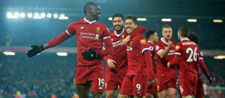 Liverpool le gana Manchester City.