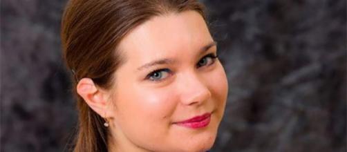 Svetlana Topol lecionava Gramática em uma das mais importantes escolas de São Petersburgo na Rússia.