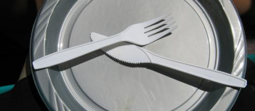 Intermittent fasting and its effects. - [image source: Karithina / Flickr]