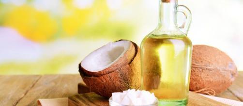 maneras de usar el aceite de coco en tu rutina de belleza - thehappening.com