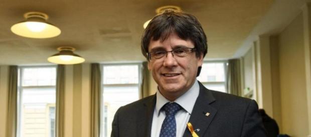 Carles Puigdemont ist frei - Er konnte die Haftanstalt verlassen.