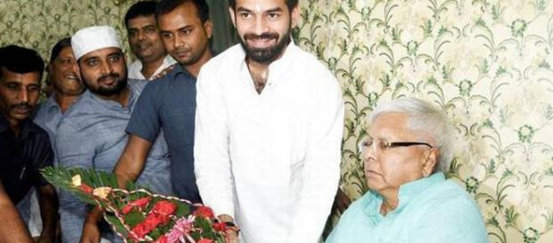 Relief for Tej Pratap Yadav, SC closes murder case probe against ... - india.com