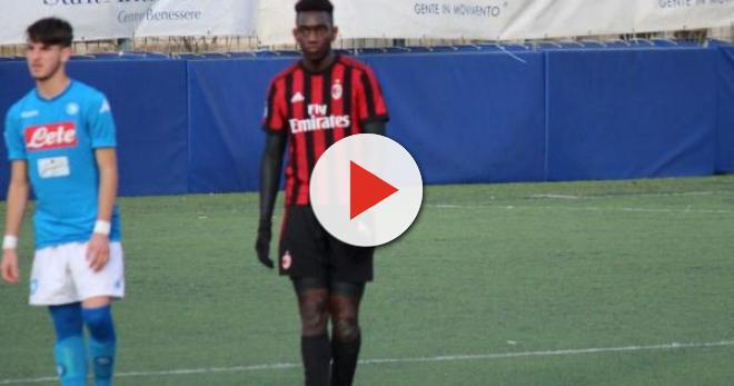Maglia Home AC Milan FRANK TSADJOUT