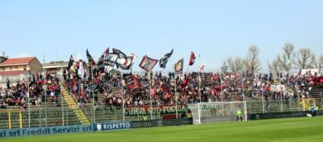 """I tifosi del Foggia presenti allo """"Zini"""" di Cremona"""